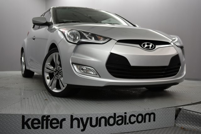 Certified Pre Owned 2017 Hyundai Veloster Value Edition 3d Hatchback
